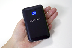 Gigastone(ギガストーン)のモバイルバッテリー P2S-90